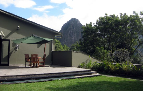 View of Wayna Picchu from the courtyard. (My hotel room is at my 8 o'clock – behind me to my left.)