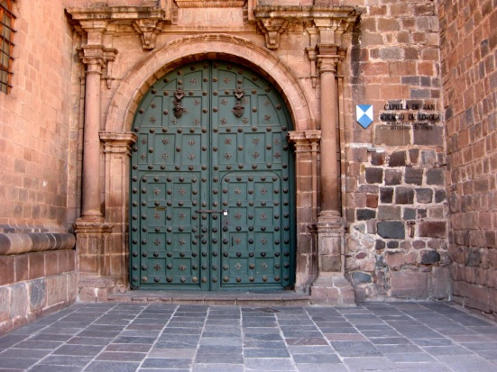 Door on the Cathedral of Santo Domingo.